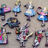 Print Wooden Charm ALICE WORLD