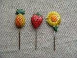 Kitsch Fruits Pick