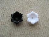 Vintage Flower Beads 16mm 2個入り