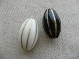 Vintage style Acrylic Fluted Oval Beads (L)
