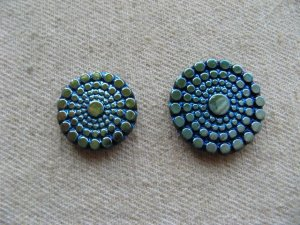 画像2: Glass Silver/Gold AB dot cabochon (S)