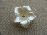 Vintage Big Pearlized Acrylic Flower Bead