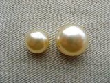 Glass Pearl High-Dome Cabochon